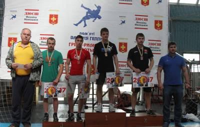 Борцы Луганщины завоевали медали