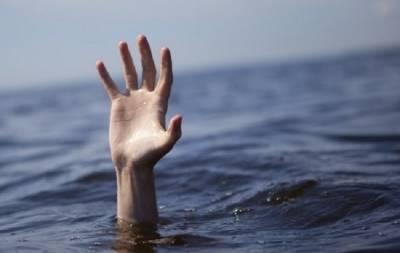 Утонула девушка