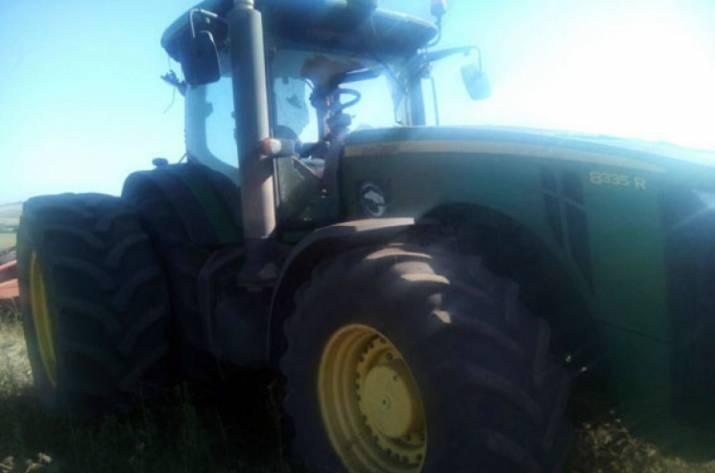 В Донецкой области подорвался трактор
