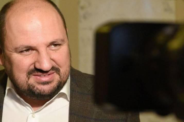 Депутат Рады пытался сбежать заграницу сзолотом ибриллиантми