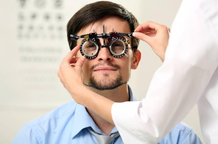 окулист диагностика зрения