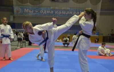 Луганські каратистки завоювали низку медалей у всеукраїнських змаганнях