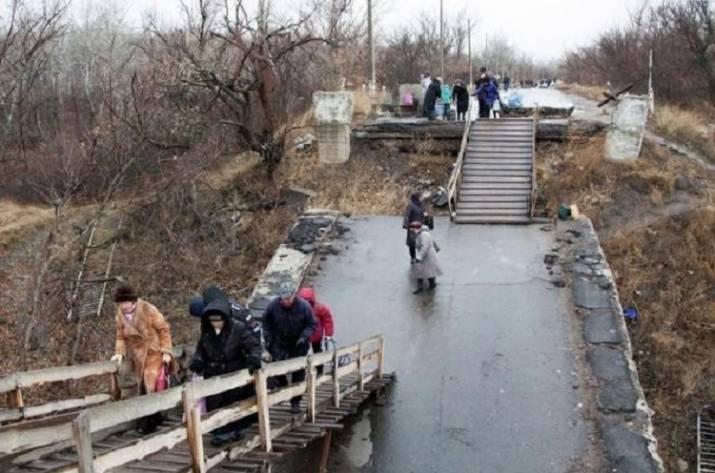Деревянный мост в Станице Луганской