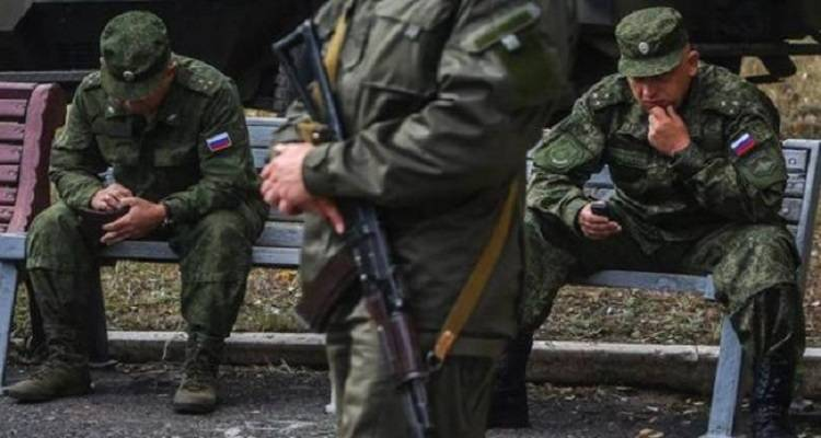 На Донбасс массово прибывают российские офицеры