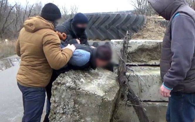 ВЛуганской области СБУ задержала информатора боевиков
