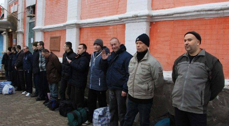ВЛНР украинский пленный объявил ожелании опять служить вВСУ
