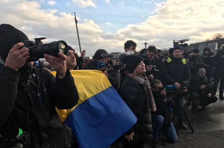 Стали известны имена освобожденных изплена украинцев, среди которых— известный блогер