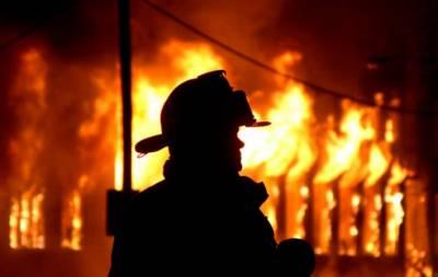 Пожар в Донецке унес жизни двух человек, еще 6 пострадали