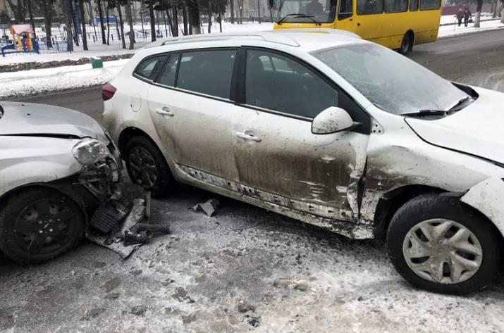 В центре Покровска произошло ДТП
