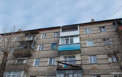 В Рубежном по ул. Менделеева проведут ремонт кровли многоквартирного дома