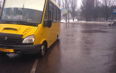 В Донецке снова отвалилось колесо у автобуса (фото)