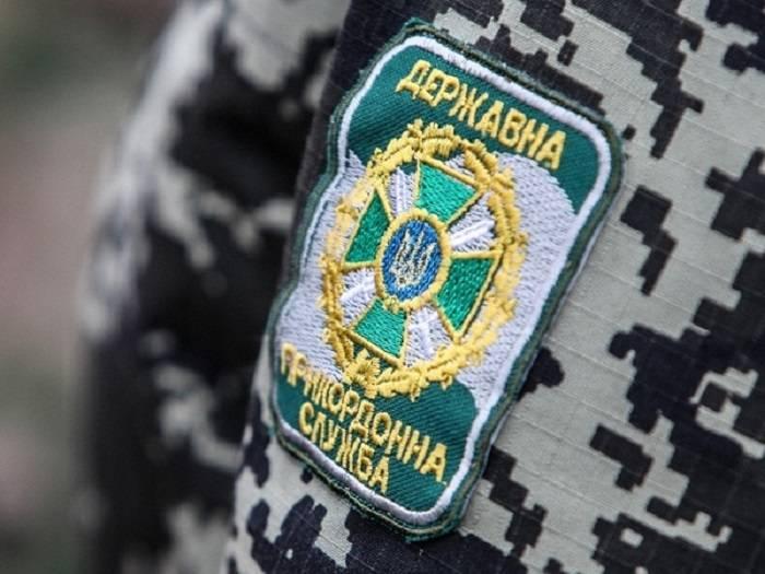 На КПВВ «Майорское» пограничникам предлагали пополнить мобильный счёт