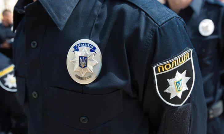 Мариупольские патрульные задержали вероятных похитителей кабеля с вещдоками в багажнике