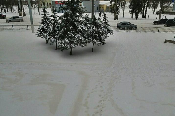 Желтый снег в ОРДЛО