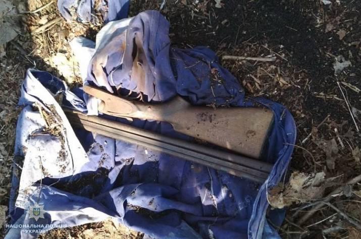 На Луганщине правоохранителям сдали два охотничьих ружья и патроны