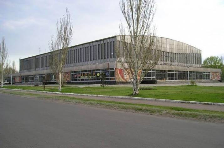 Городской голова Северодонецка Валентин Казаков пообещал решить вопрос с Ледовым Дворцом спорта