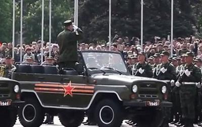 Кононов: на параде в Донецке будут участвовать военные