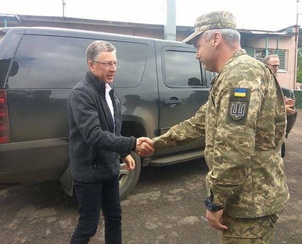 Командующий Объединенных сил встретился со спецпредставителем США по делам Украины, чтобы обсудить ситуацию с безопасностью.