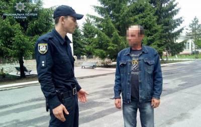 Полицейские Белокуракинского отдела получили сообщение от 14-летней девочки о том, что нетрезвый отец избил ее и 3-х летнего брата.