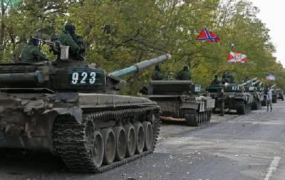 Боевики гоняют танки по Донецку
