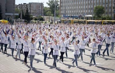 Луганщина установила танцевальный рекорд