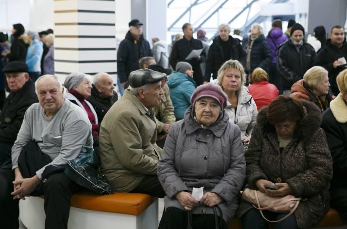Переселенцам продолжают блокировать пенсии