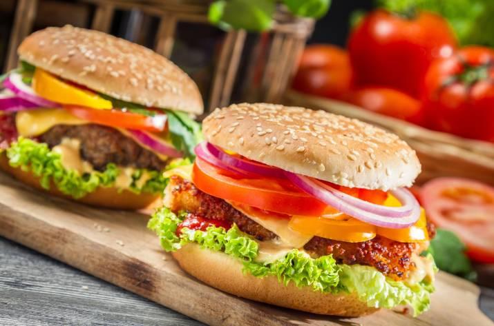 фастфуд гамбургер
