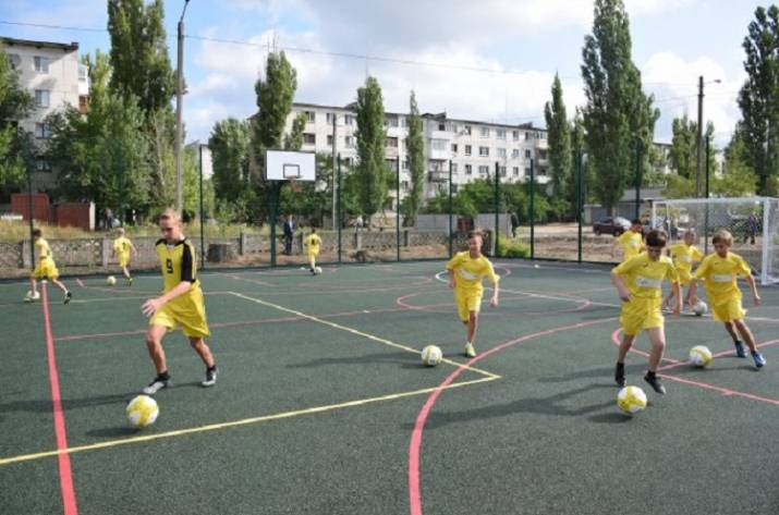 Смогут ли дети Рубежного играть на новой спортплощадке?