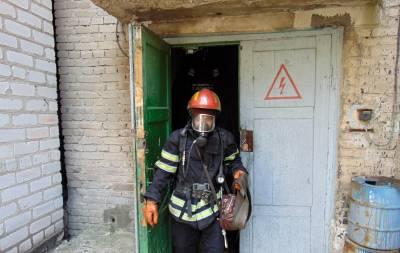 Вчера, 7 августа, в 13:51 в Службу спасения «101» поступило сообщение о пожаре на электроподстанции по ул. К. Маркса, ЧАТ