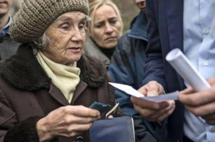 Это уже тенденция: Юристы назвали причину, по которой переселенцев лишают пенсий