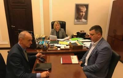 Вчера, 4 декабря, в Минске состоялось 100 заседание ТКГ и рабочих групп. Представители России отказались от предложения Украины провести обмен заложников 27 декабря.