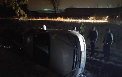 В Северодонецке перевернулся автомобиль (фото)