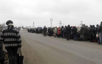 СЦКК: Из-за долгого ожидания на блокпосту боевиков умерла женщина