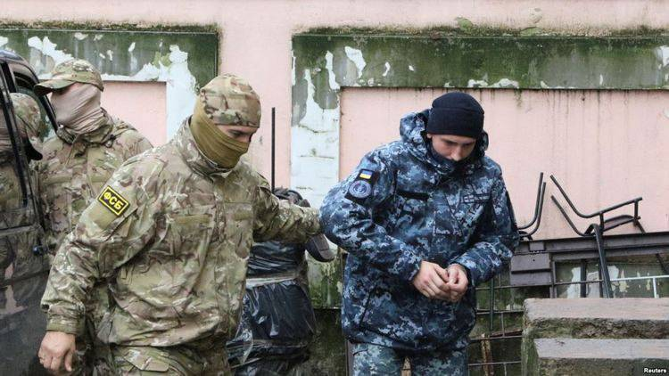 Уполномоченная Верховной Рады по правам человека Людмила Денисова заявила, что троим раненым украинским морякам, находящимся в плену России, не оказывают нужной медицинской помощи. Об этом уполномочен