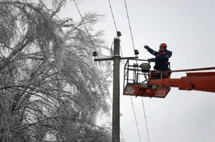 Энергетики восстановили электроснабжение во всех населённых пунктах, пострадавших от непогоды в Донецкой области.