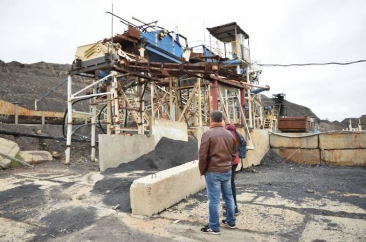 Создать рабочие места на закрытой шахте в Кременной пытается переселенец из Кадиевки (ранее – Стаханов) Владимир Жулинский.
