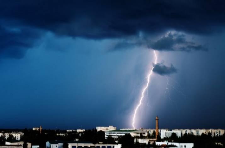 Молния в Рубежном