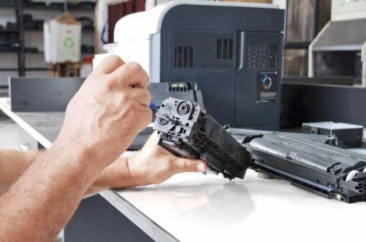 заправка картриджа в лазерном принтере