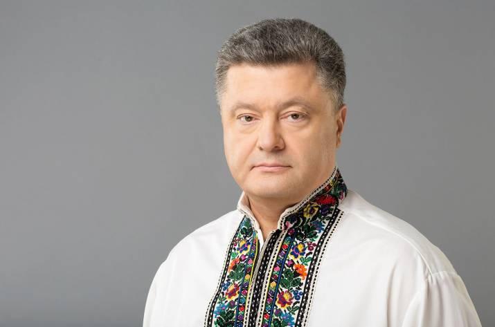 Порошенко: Украинская армия сконца октября будет контрактной