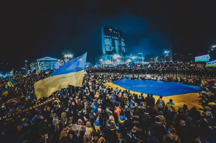 ВДонецке, Луганске иГорловке патриоты напомнили: Донбасс— это Украина