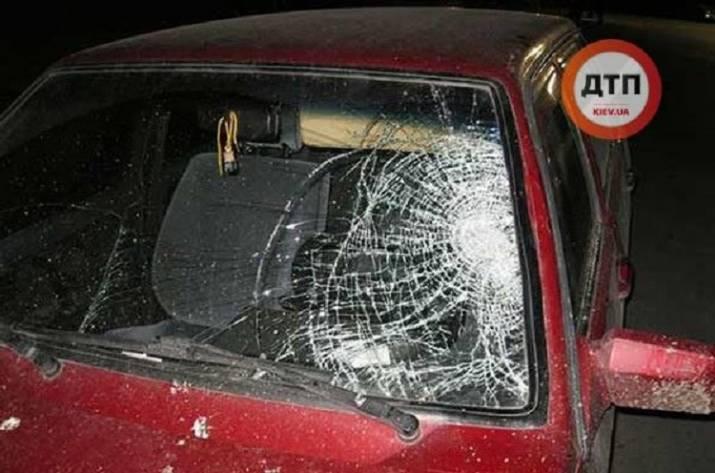 ВВинницкой области 18-летний шофёр сбил насмерть беременную женщину