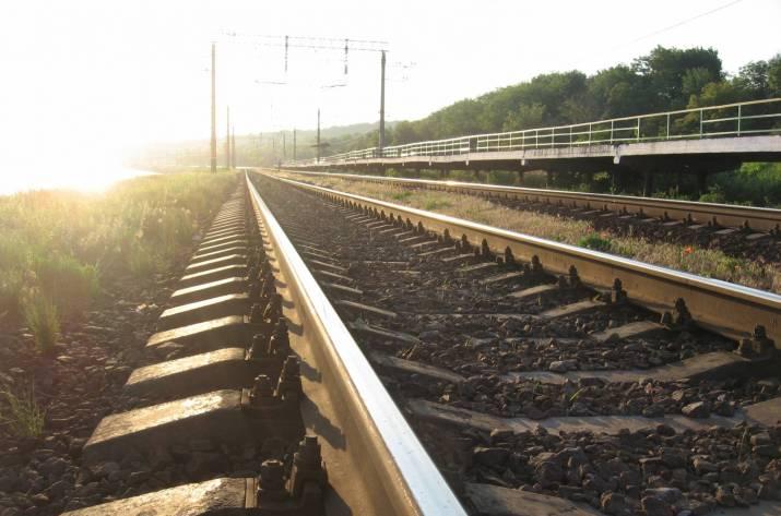НаХарьковщине мужчина попал под поезд