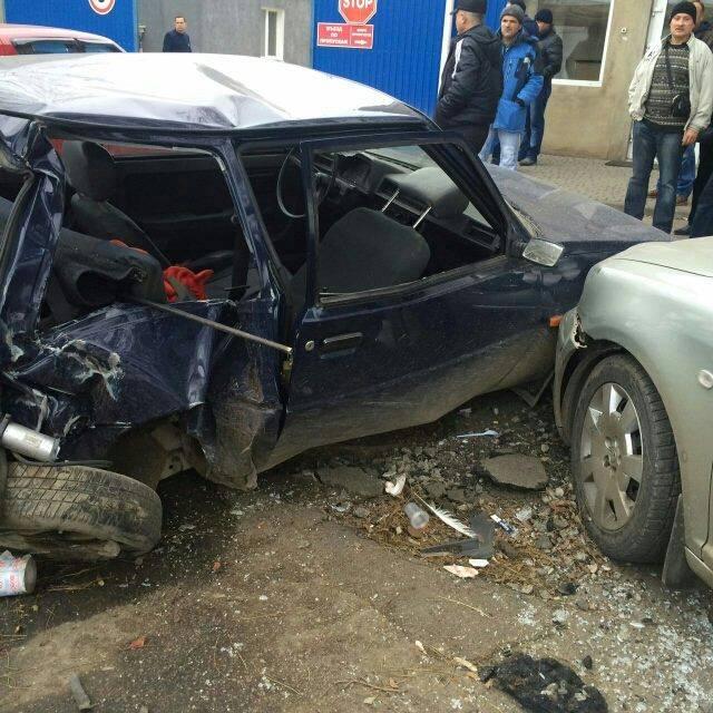 ВОдессе случилось ДТП сучастием четырех машин