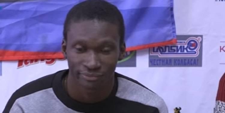 В «ДНР» дали гражданство футболисту-нигерийцу без паспорта
