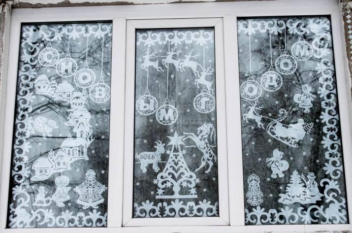 Новый год украшения на окне своими руками