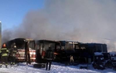 В Лисичанске горели автобусы