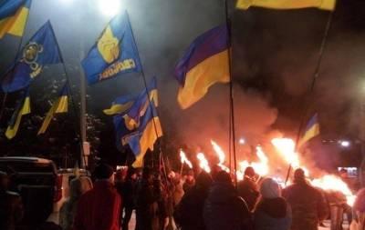 Марш в Славянске