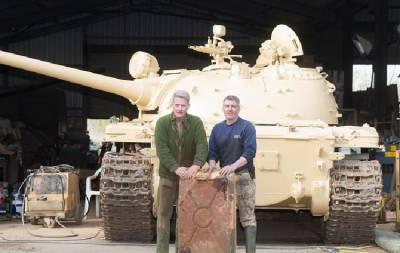 Нашел золото в советском танке