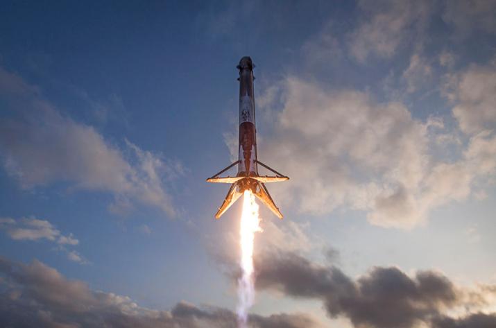SpaceX осуществит запуск 2-х  ракет напротяжении  48 часов